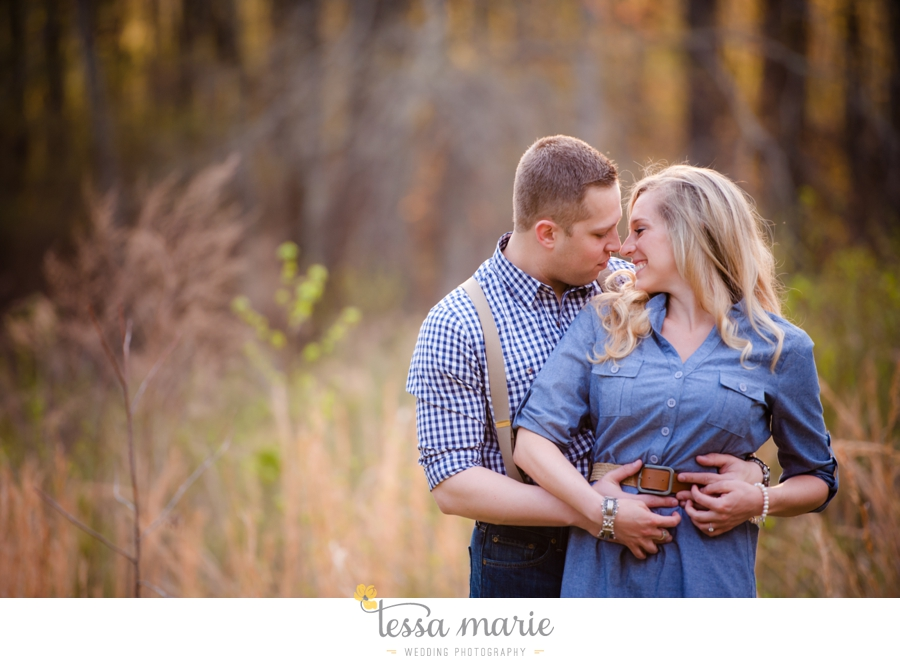 country_field_engaegment_pictures_atlanta_wedding_photographer_willing_to_travel_027