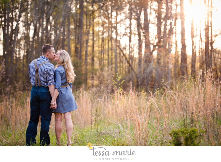 country_field_engaegment_pictures_atlanta_wedding_photographer_willing_to_travel_030