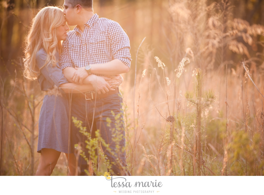 country_field_engaegment_pictures_atlanta_wedding_photographer_willing_to_travel_032