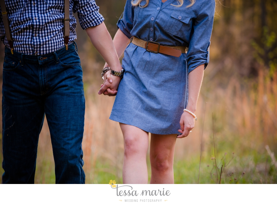 country_field_engaegment_pictures_atlanta_wedding_photographer_willing_to_travel_042