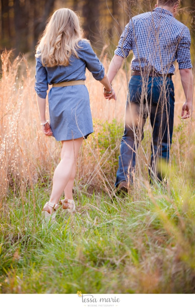 country_field_engaegment_pictures_atlanta_wedding_photographer_willing_to_travel_045