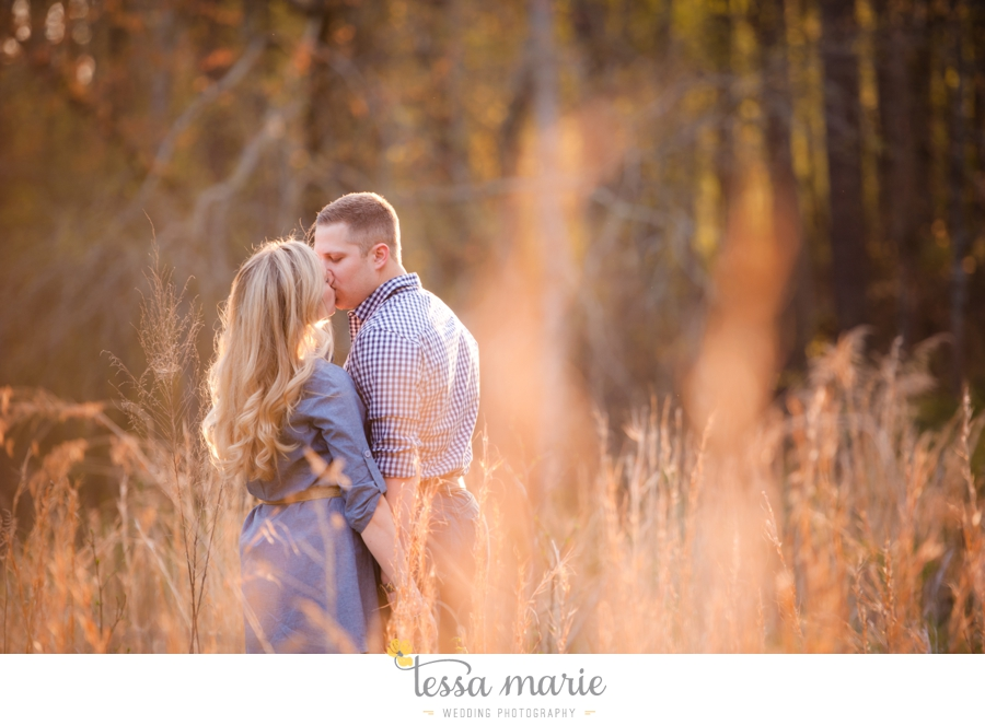 country_field_engaegment_pictures_atlanta_wedding_photographer_willing_to_travel_046