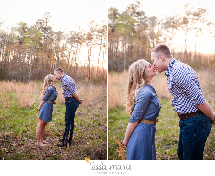 country_field_engaegment_pictures_atlanta_wedding_photographer_willing_to_travel_051