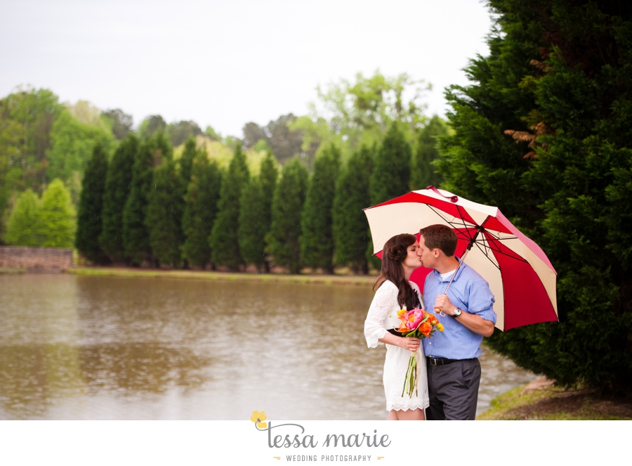 foxhall_sporting_club_proposal_engagement_pictures_atlanta_proposal_photographer_004