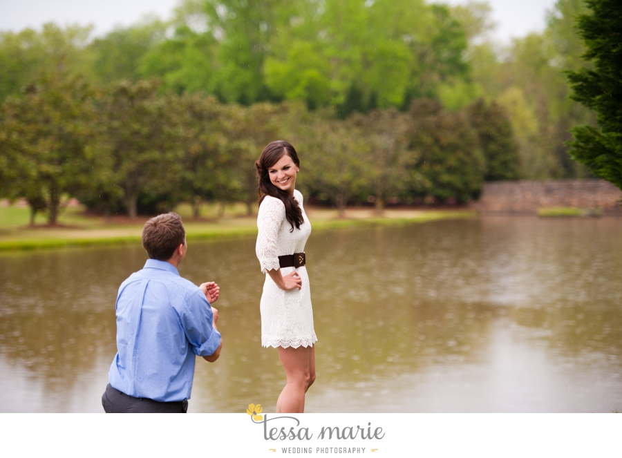 foxhall_sporting_club_proposal_engagement_pictures_atlanta_proposal_photographer_018