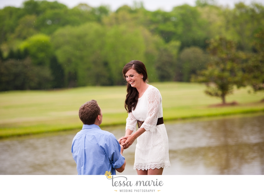 foxhall_sporting_club_proposal_engagement_pictures_atlanta_proposal_photographer_021