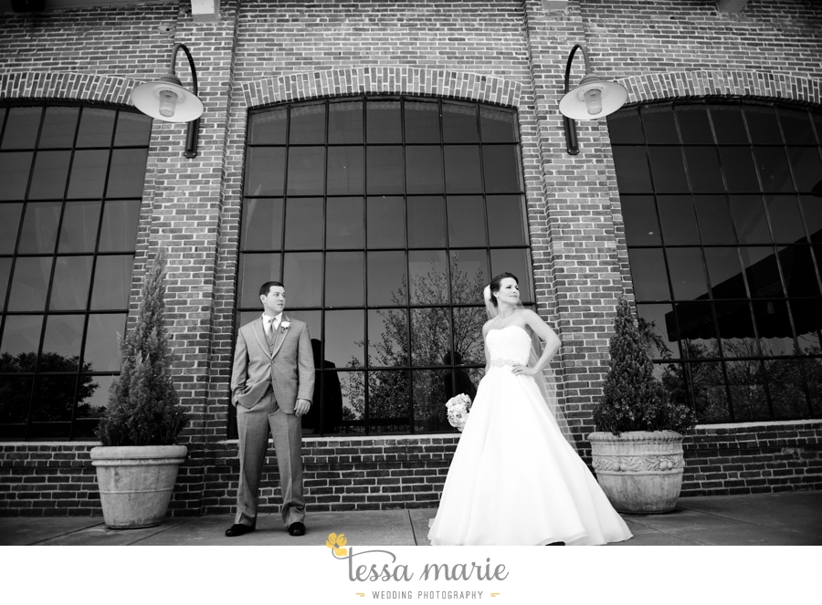 river_mill_event_Centre_columbus_ga_outdoor_Wedding_pictures_tessa_marie_weddings_039