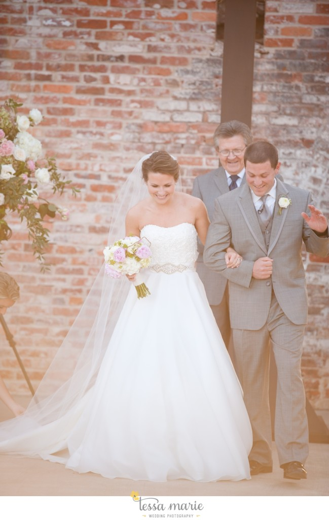river_mill_event_Centre_columbus_ga_outdoor_Wedding_pictures_tessa_marie_weddings_089