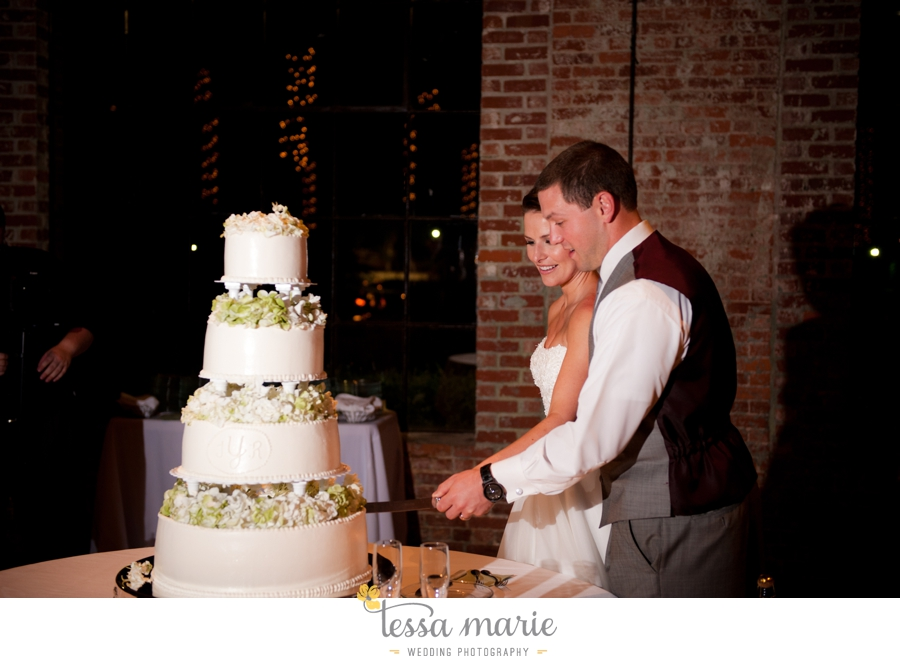 river_mill_event_Centre_columbus_ga_outdoor_Wedding_pictures_tessa_marie_weddings_110