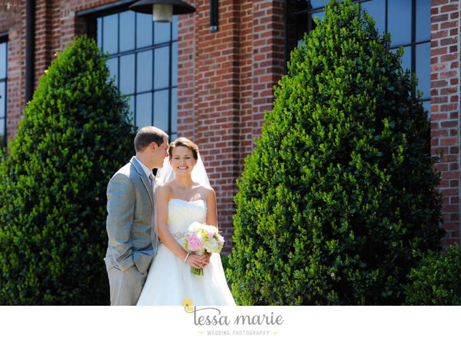 river_mill_event_center_colombus_ga_wedding_outdoor_wedding_pictures-11