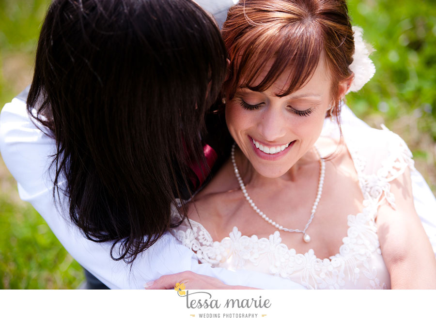 the_farm_wedding_outdoor_ceremony_creative_candid_emotional_wedding_pictures_beautiful_natural_light_048