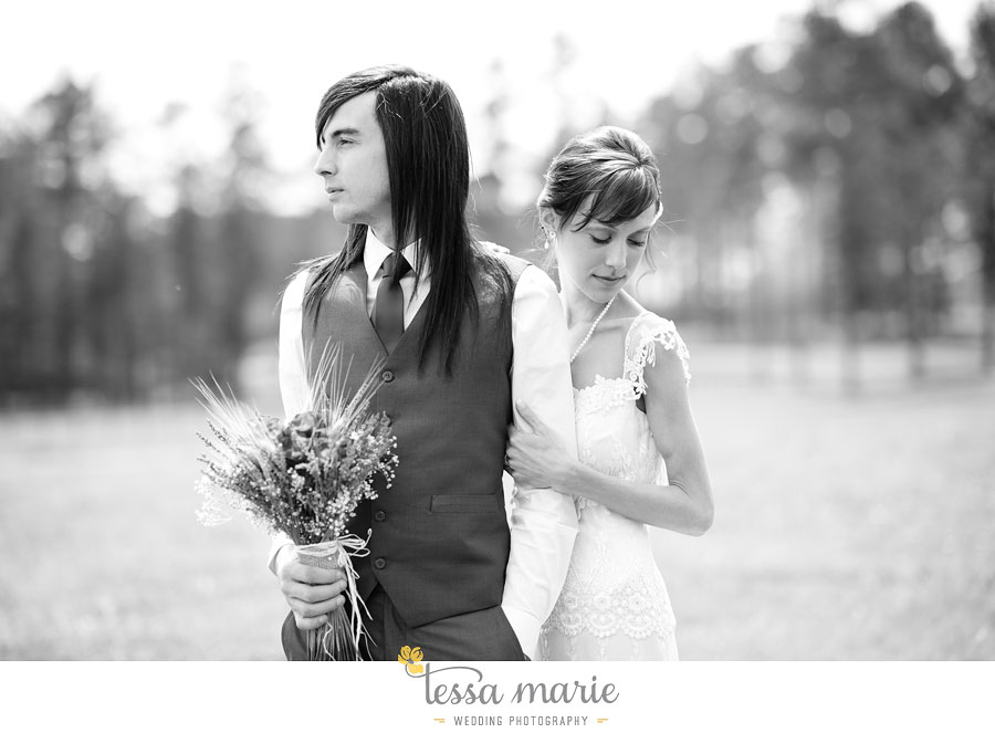 the_farm_wedding_outdoor_ceremony_creative_candid_emotional_wedding_pictures_beautiful_natural_light_055