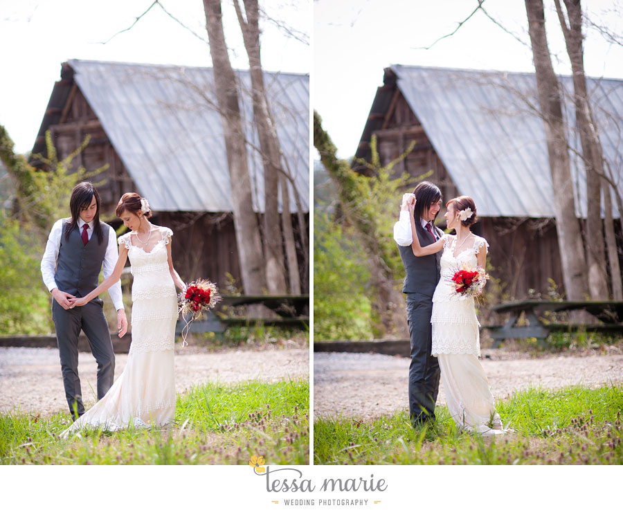 the_farm_wedding_outdoor_ceremony_creative_candid_emotional_wedding_pictures_beautiful_natural_light_056