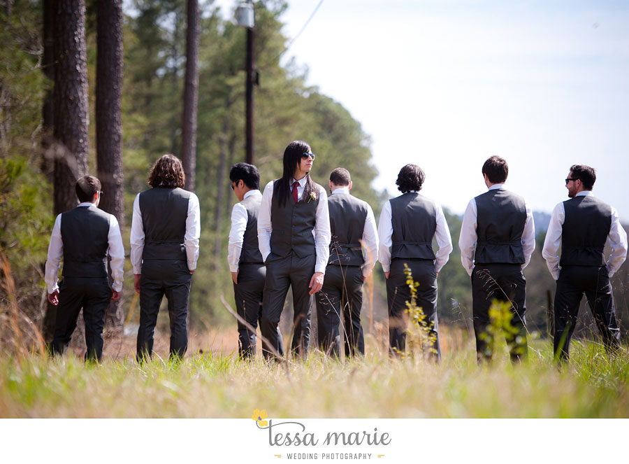 the_farm_wedding_outdoor_ceremony_creative_candid_emotional_wedding_pictures_beautiful_natural_light_073