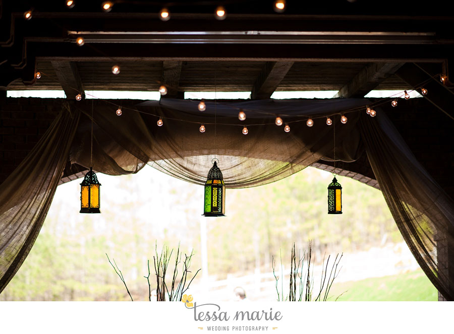 the_farm_wedding_outdoor_ceremony_creative_candid_emotional_wedding_pictures_beautiful_natural_light_088