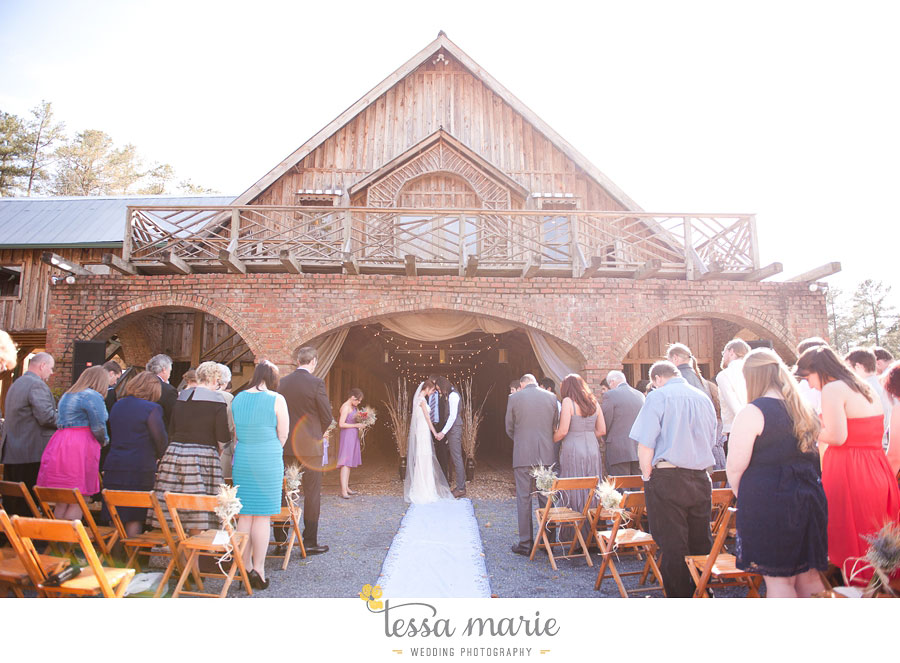 the_farm_wedding_outdoor_ceremony_creative_candid_emotional_wedding_pictures_beautiful_natural_light_103