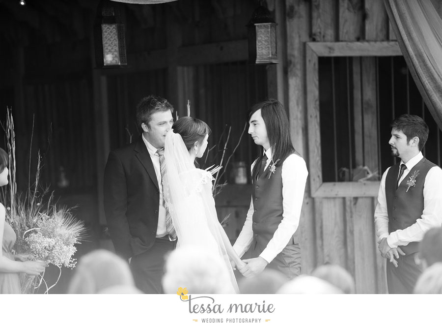 the_farm_wedding_outdoor_ceremony_creative_candid_emotional_wedding_pictures_beautiful_natural_light_107