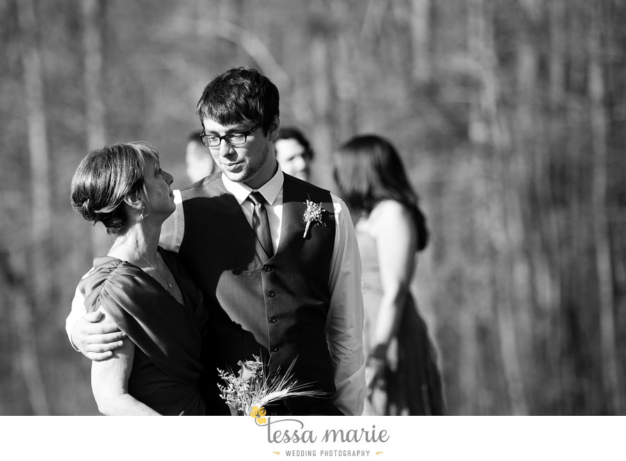 the_farm_wedding_outdoor_ceremony_creative_candid_emotional_wedding_pictures_beautiful_natural_light_115