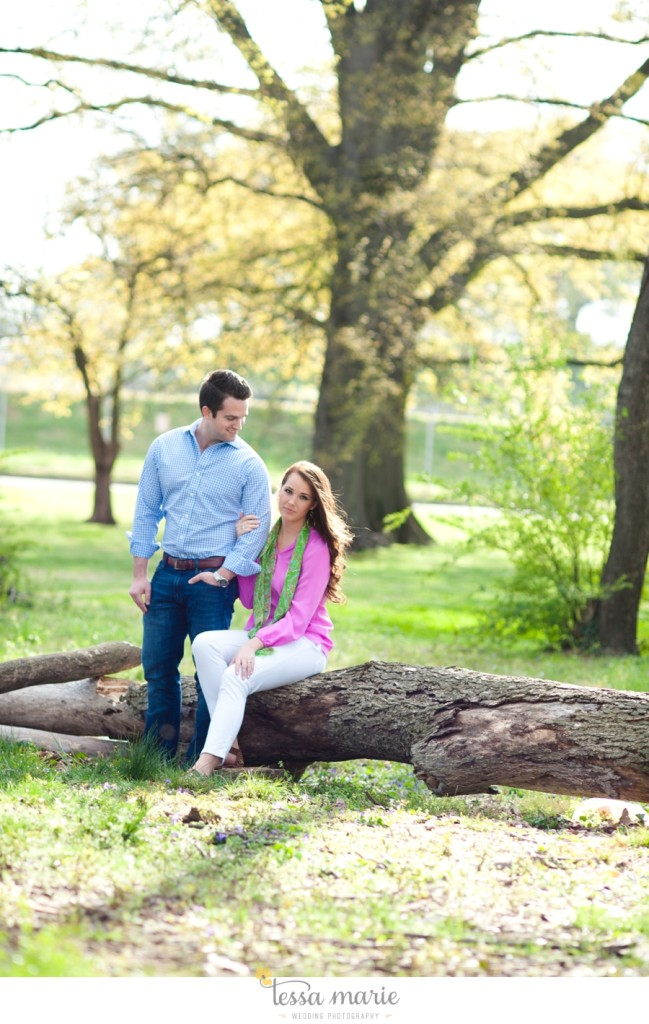 west_side_engagement_session_creative_candid_emotional_engagement_pictures_092