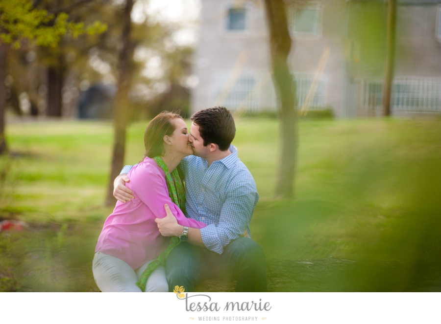 west_side_engagement_session_creative_candid_emotional_engagement_pictures_096