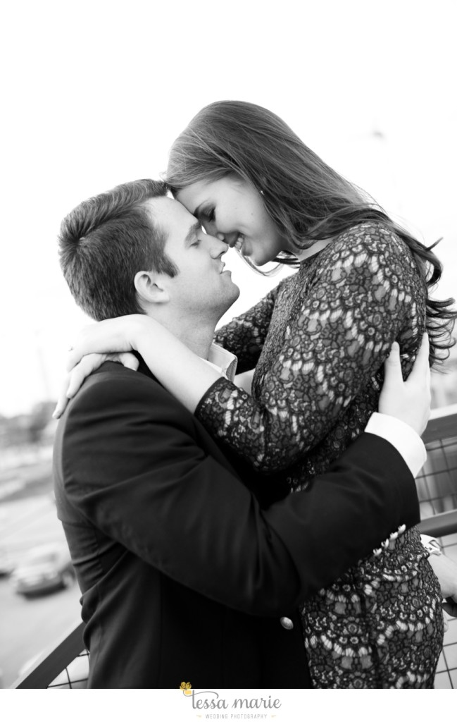 west_side_engagement_session_creative_candid_emotional_engagement_pictures_115