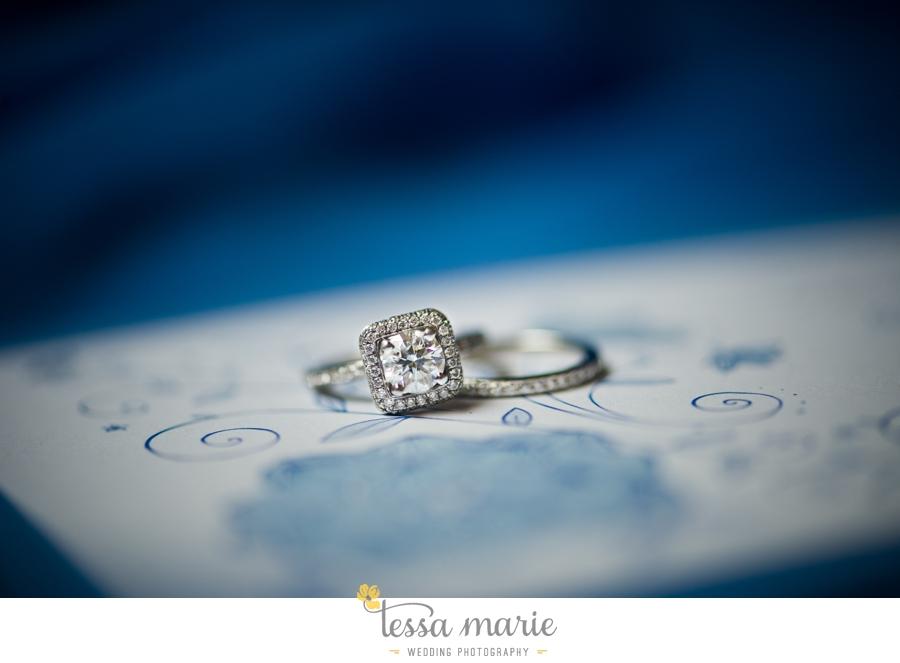 Ivy_hall_outdoor_wedding_creative_candid_emotional_wedding_pictures_tessa_marie_weddings_001
