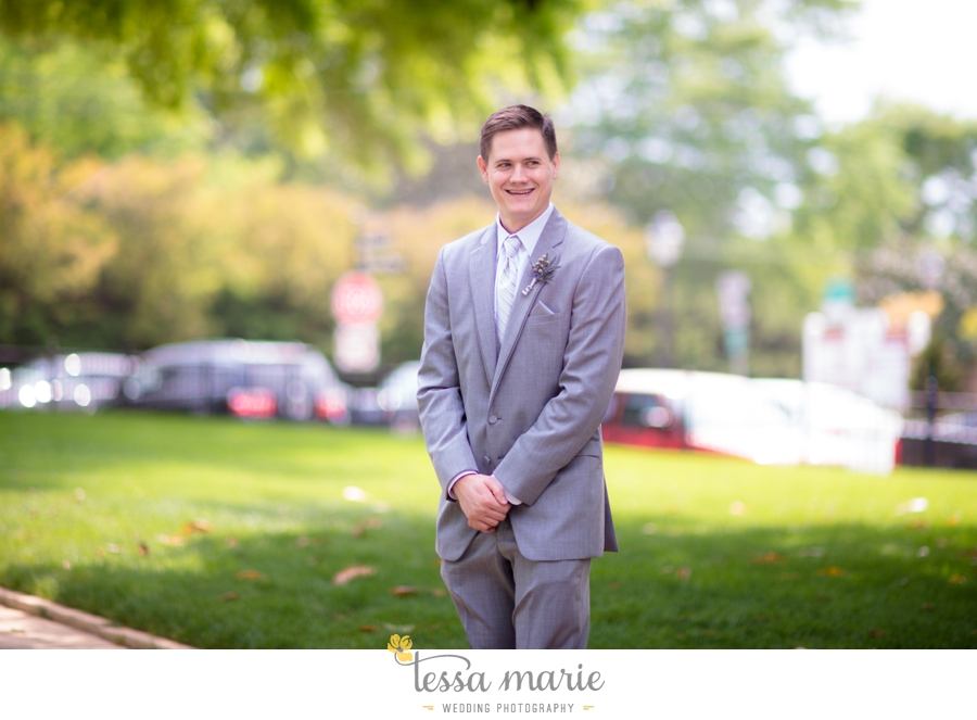 Ivy_hall_outdoor_wedding_creative_candid_emotional_wedding_pictures_tessa_marie_weddings_025