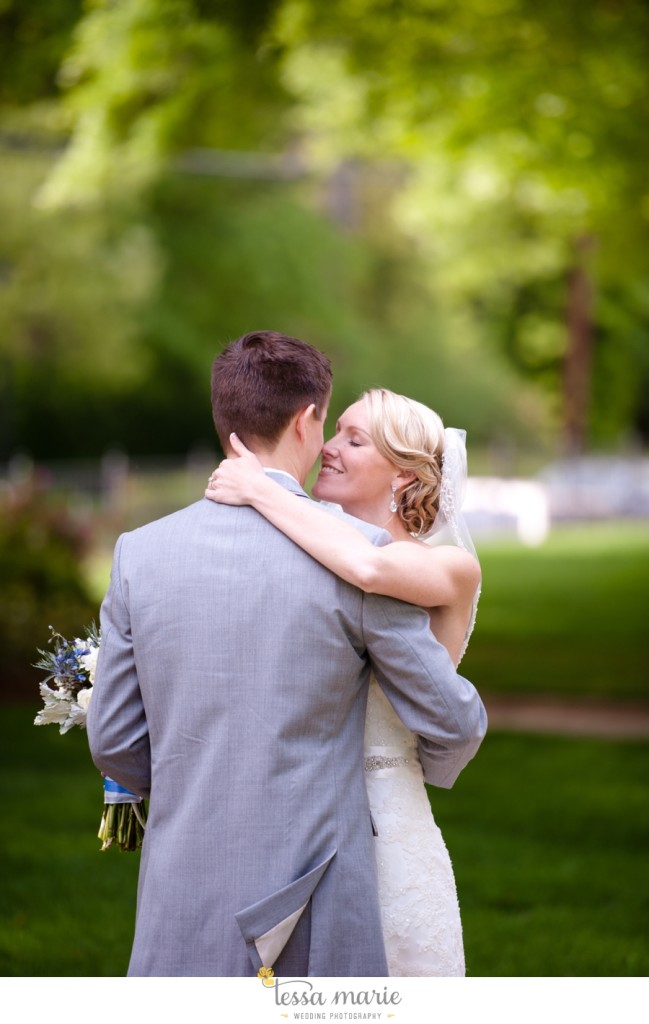Ivy_hall_outdoor_wedding_creative_candid_emotional_wedding_pictures_tessa_marie_weddings_026