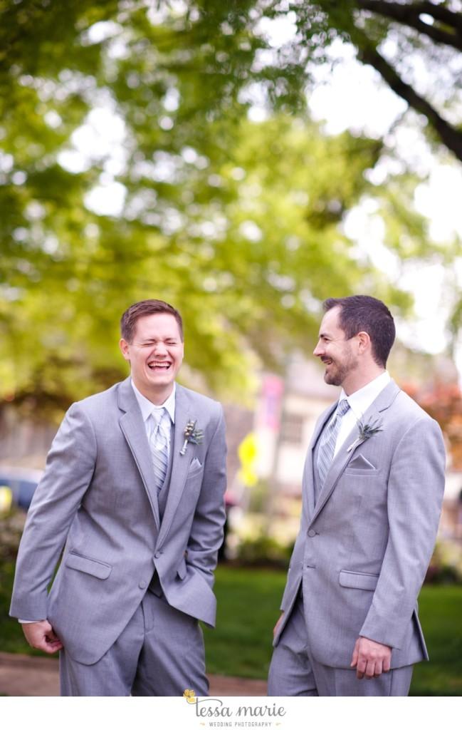 Ivy_hall_outdoor_wedding_creative_candid_emotional_wedding_pictures_tessa_marie_weddings_036