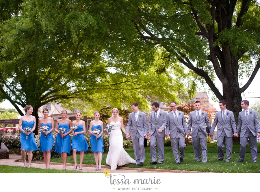 Ivy_hall_outdoor_wedding_creative_candid_emotional_wedding_pictures_tessa_marie_weddings_038