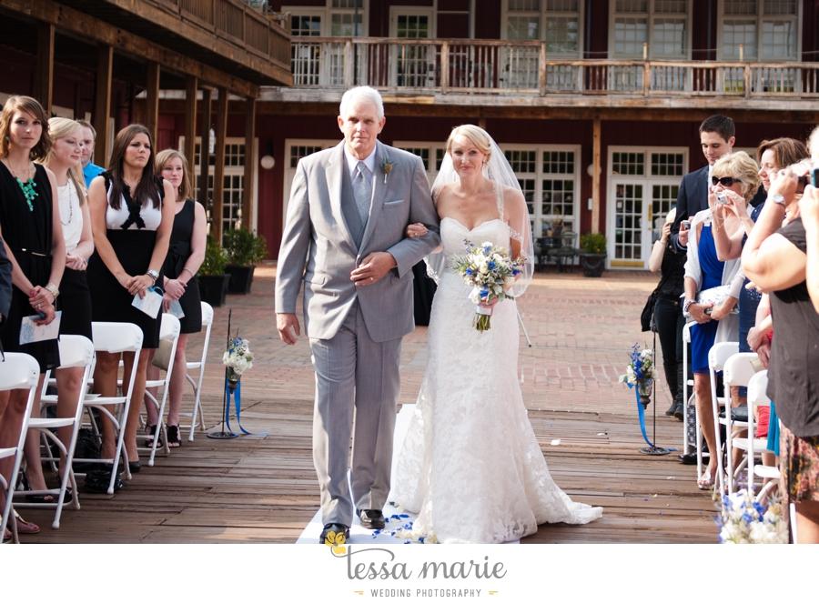 Ivy_hall_outdoor_wedding_creative_candid_emotional_wedding_pictures_tessa_marie_weddings_050