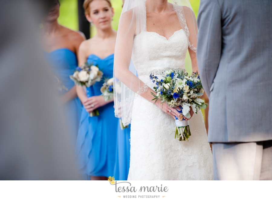 Ivy_hall_outdoor_wedding_creative_candid_emotional_wedding_pictures_tessa_marie_weddings_054
