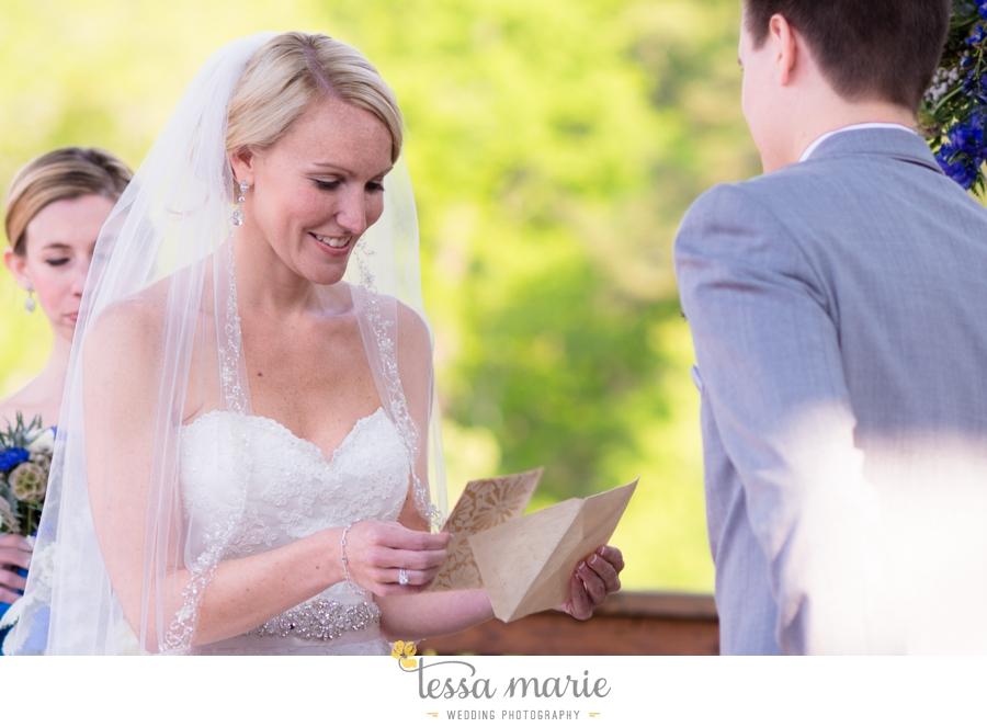 Ivy_hall_outdoor_wedding_creative_candid_emotional_wedding_pictures_tessa_marie_weddings_060