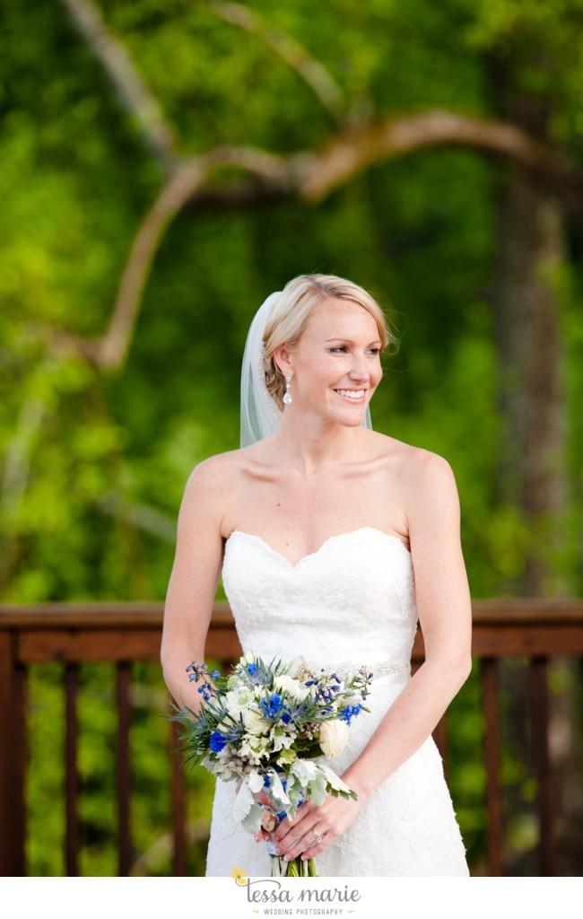 Ivy_hall_outdoor_wedding_creative_candid_emotional_wedding_pictures_tessa_marie_weddings_068