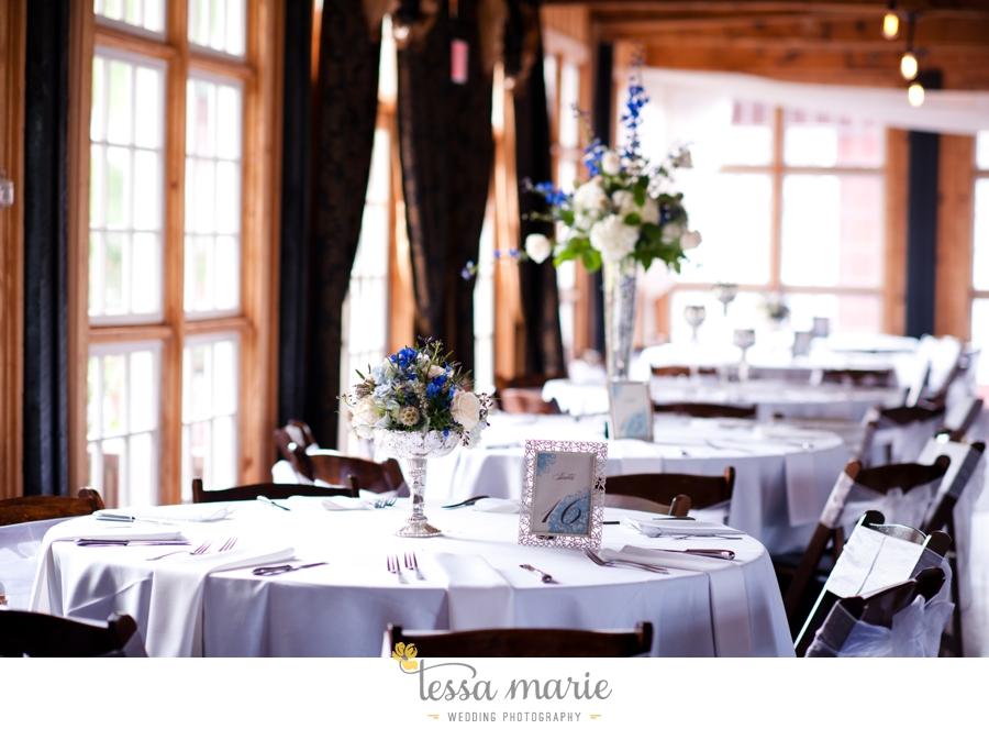 Ivy_hall_outdoor_wedding_creative_candid_emotional_wedding_pictures_tessa_marie_weddings_079
