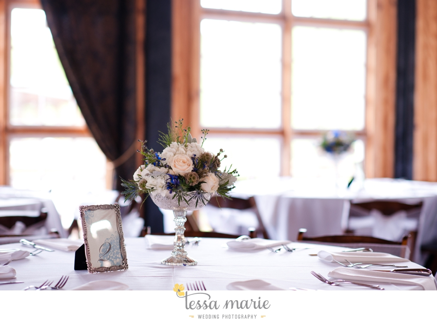 Ivy_hall_outdoor_wedding_creative_candid_emotional_wedding_pictures_tessa_marie_weddings_080