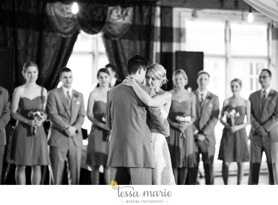 Ivy_hall_outdoor_wedding_creative_candid_emotional_wedding_pictures_tessa_marie_weddings_085