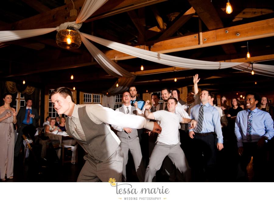 Ivy_hall_outdoor_wedding_creative_candid_emotional_wedding_pictures_tessa_marie_weddings_094