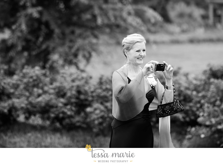 woodstock_wedding_krista_teddy_outdoor_wedding_pictures-139