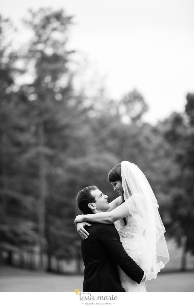 woodstock_wedding_krista_teddy_outdoor_wedding_pictures-165