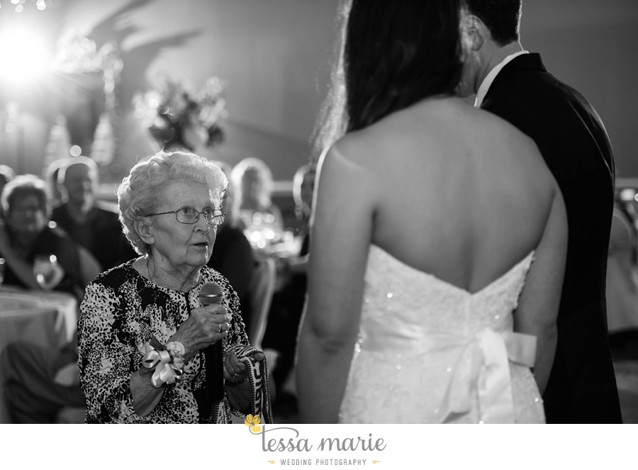 woodstock_wedding_krista_teddy_outdoor_wedding_pictures-188