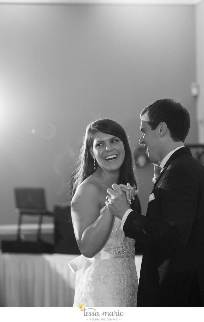 woodstock_wedding_krista_teddy_outdoor_wedding_pictures-197