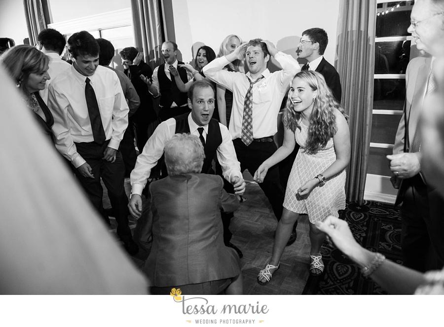woodstock_wedding_krista_teddy_outdoor_wedding_pictures-216