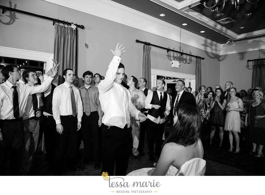 woodstock_wedding_krista_teddy_outdoor_wedding_pictures-243