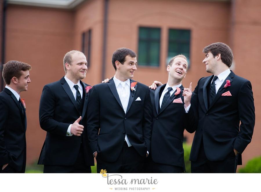woodstock_wedding_krista_teddy_outdoor_wedding_pictures-25