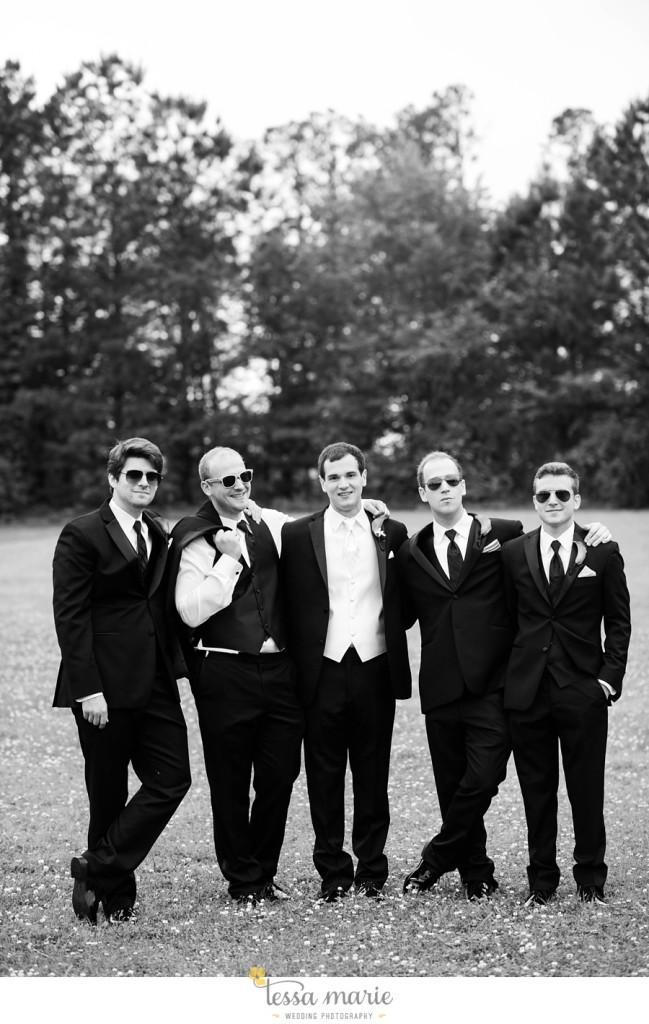 woodstock_wedding_krista_teddy_outdoor_wedding_pictures-38