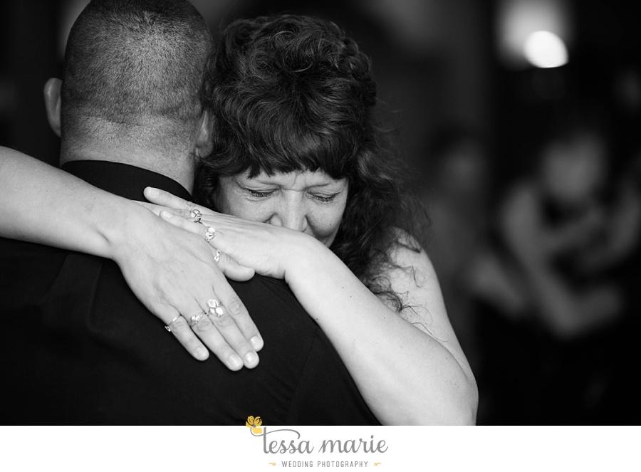 peoria_waterside_wedding_marina_wedding_pictures_0071