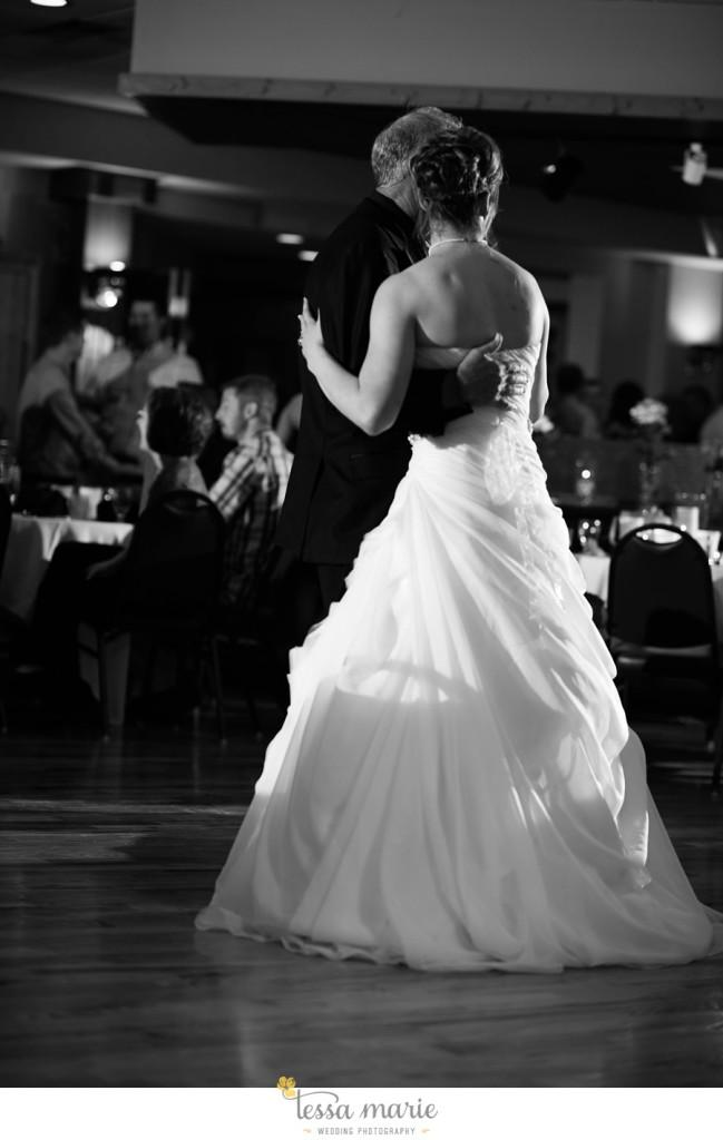 peoria_waterside_wedding_marina_wedding_pictures_0075