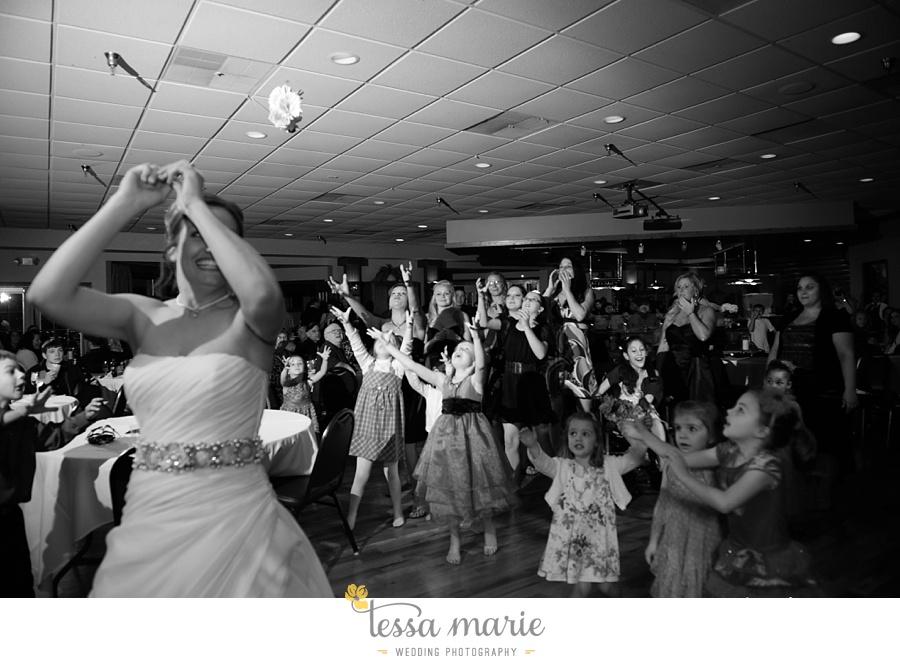 peoria_waterside_wedding_marina_wedding_pictures_0081