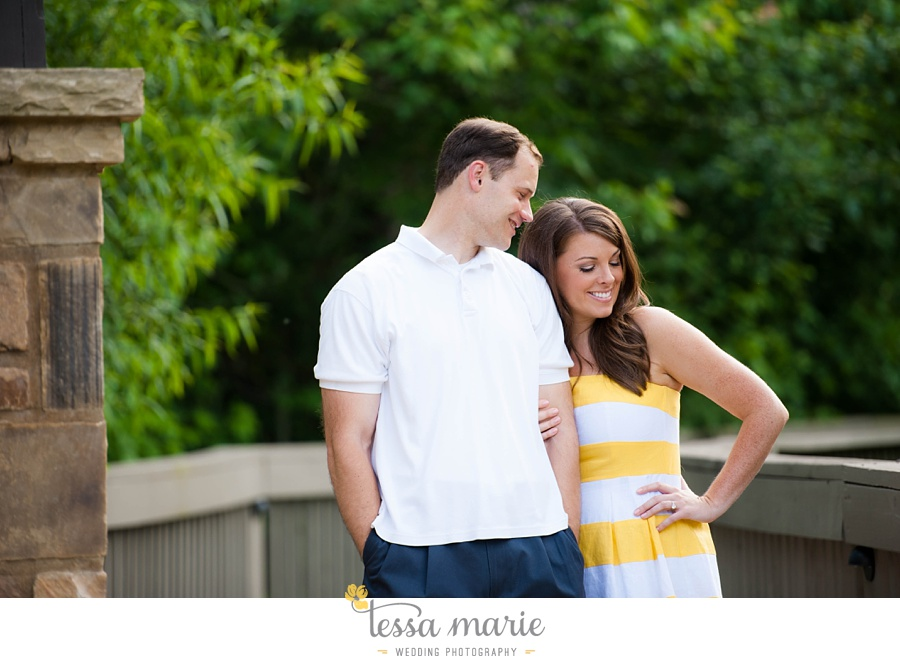 roswell_engagement_session_outdoor_candid_emotional_pictures_0009